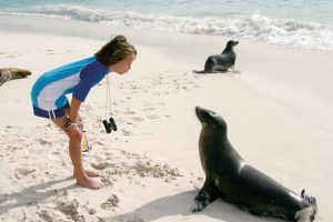 kids on galapagos island